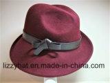 Шлем шерстей женщин чувствуемый с соединить скачками Brim и кожи/Brown