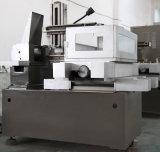 EDM máquina de corte de arame, fio cortado EDM DK7732