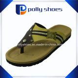 Cadute di vibrazione della pelle scamosciata dei sandali della spiaggia di estate di caduta di vibrazione del Mens