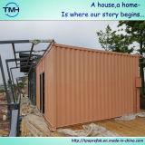 Chambre préfabriquée de conteneur dans le modèle à la maison