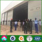 Gancio prefabbricato dei velivoli della struttura d'acciaio nel Niger