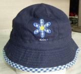 Nuevo sombrero del casquillo de la pesca del dril de algodón del bordado de los niños de la manera