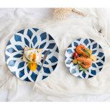Покрашенные гончарня лотоса и Tableware фарфора тарелки салата