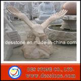 Cavadura del granito con la escultura de la piedra del águila