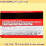 Cartão de crédito bancário com faixa magnética