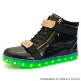 Commerce de gros hommes LED rechargeable du skateboard Sneakers chaussures