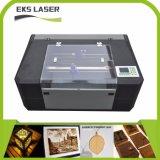 Kleiner CO2CNC Laser-Ausschnitt und Stich und Maschine