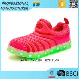 Заряжатель USB ботинок проблескивая светов малышей СИД с светами