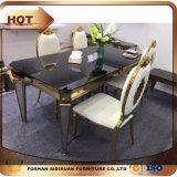 美しい椅子の背部装飾が付いている椅子を食事する贅沢な金ステンレス鋼