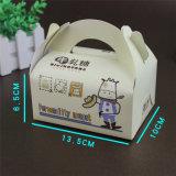 Premiers cadres de gâteau blanc personnalisés de classe d'OEM avec la boîte en plastique faite sur commande d'emballage de traitements