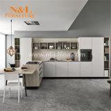 優雅で贅沢な現代木製のホームキャビネットの台所家具