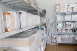 卸し売り100%Cottonによってはテリーの防水マットレスの保護装置、Washable&Reusableの反ベッドのバグのマットレスのカバー、BSCI、Oeko-Tex100がループする