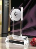 L'abitudine ha reso personale il trofeo di cristallo di pallacanestro dell'incisione 3D, premi di cristallo di gioco del calcio