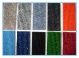 Alfombra acanalada de la exposición de pared a pared barata/alfombra no tejida del sacador de la aguja