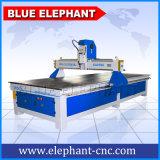 Macchina di scultura di legno del router di CNC di promozione della Cina per alluminio 1536