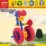 Brinquedo educacional plástico do enigma do robô do projeto agradável da forma