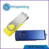 El logotipo de libre cuerpo verde de la memoria Flash USB Pen Drive