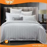 ホテルのDPFの白い縞の寝具セット