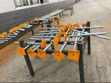 足場構築足場フレームのための調節可能なねじジャックベース