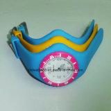 Горячая продажа аналоговые часы для женщин и смотреть игрушек силиконовый красочные