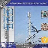 Galvanisiertes Telekommunikationsmonopole mit kletternden Strichleitern