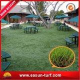 Relvado artificial para o jardim que ajardina a grama