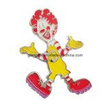 Il Pin del risvolto della parte di puzzle, rivestimenti differenti è marchio e formato disponibili e personalizzati
