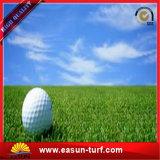 Relvado sintético artificial da grama do verde de colocação do tapete da grama do golfe