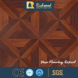 Vinylhölzerner hölzerner lamellenförmig angeordneter lamellierter Bodenbelag des Haushalts-8.3mm
