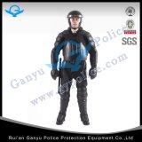 굵은 활자 헬멧과 경찰 난동 헬멧