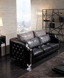 Schwarzes einfaches Chesterfield-ledernes Sofa