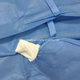 Quirúrgica desechable médico cirujano con una bata para Stelization