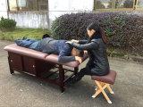 Tabella stazionaria di massaggio con il Governo
