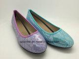 Новые ботинки балета повелительниц прибытия с плоской пяткой