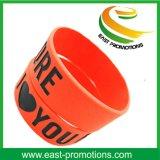 Wristband puro all'ingrosso del silicone di colore con il vostro marchio