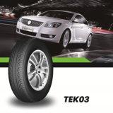 Precio del neumático del vehículo de pasajeros del neumático de la polimerización en cadena buen