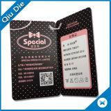 Hangtag caliente del papel del negro de la venta con la etiqueta del sello para la ropa