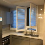 2018 bester Verkaufinnenbasswood-Bi-Fold Fenster-Plantage-Blendenverschlüsse