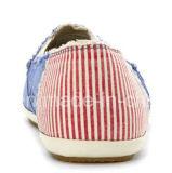 Самые лучшие ботинки женщин парусиновой лодки конструкции