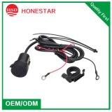 Gemaakt in Adapter van de Macht van de Motorfiets van de Auto USB van de Verkoop van China de Hete 12V Dubbele voor Mobiel
