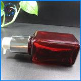 De rode Verpakking van de Luxe van de Fles van het Huisdier Plastic Vierkante Kosmetische met Pomp