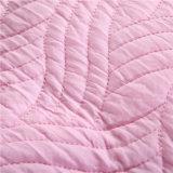 Cubierta acolchada rosada sólida lavada del protector del colchón de la base de Microfiber