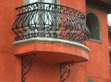 Inferriata del ferro del balcone