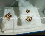 Marque de commerce de gros Nouveau logo personnalisé 100% coton Hôtel Serviette de bain