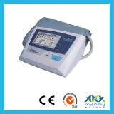 De automatische Monitor van de Bloeddruk van het Type van Wapen Met de Certificatie van Ce (W02)