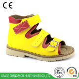 Cuatro colores ennegrecen la sandalia ortopédica de los niños de la estabilidad de los cabritos cómodos del calzado