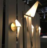 Luz tão maravilhosa da lâmpada de parede do Sconce do diodo emissor de luz do pássaro da forma do projeto para a leitura