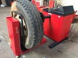 شاحنة إطار العجلة [وهيل بلنسر] مع [ألبينا] إشارة كفالة