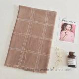 Écharpe de toile de coton tissée par vérification de bonne qualité de BSCI (HWBLC062)