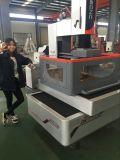 Машина вырезывания EDM провода CNC скорости средства